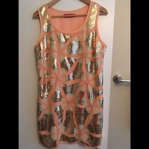 Gorgeous Peach sequinned party dress